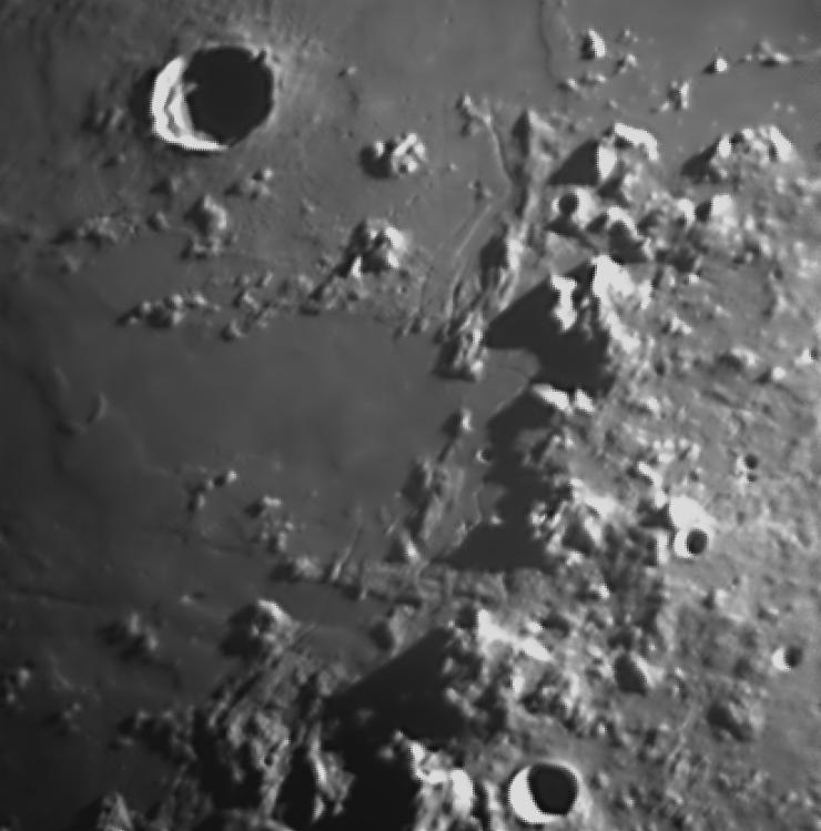 2018-05-23-0116_4-L-Moon_lapl4_ap3285